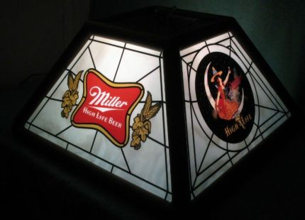 1980_s_Miller_High_Life_Bar_Pool_Table_Light_Beer_Sign