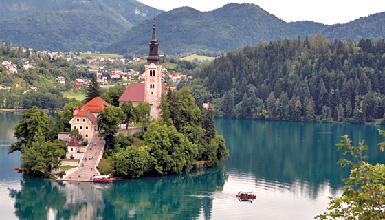 Travel-Slovenia-water_157172216_std
