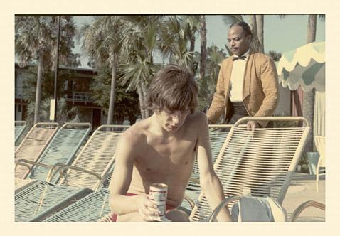 ht_Mick_Jagger_Drinking_Pooside_Clearwater_Fl_ll_120927_wblog