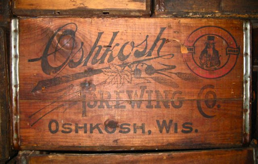 Oshkosh Brewing Case at National Brewery Museum