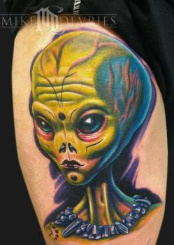 Alien_tattoo