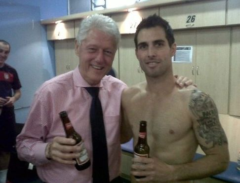Bill-Clinton-Drinking-Beer-With-Carlos-Bocanegra