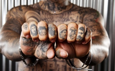 Cool-Knuckle-Tattoo-Characters