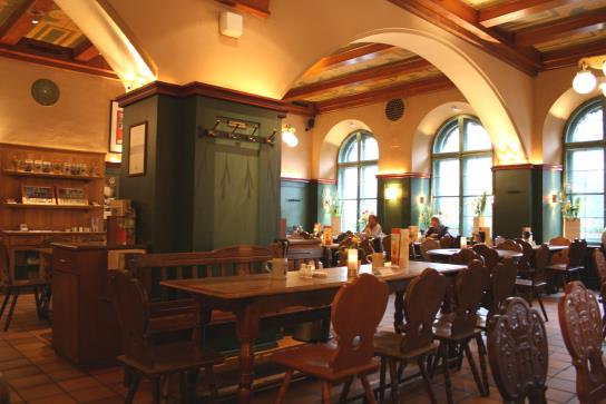 Hofbraukeller_4_Beer_hall_2