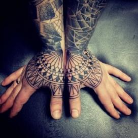 knuckle-tattoos-10