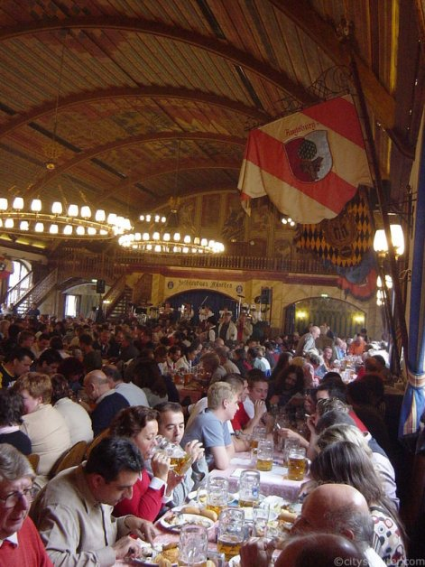 hofbrauhaus-during-oktoberfest
