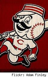 cincinnati-reds-mascot