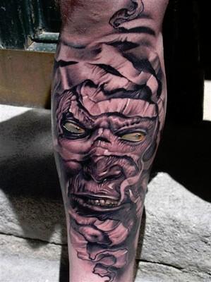 Robert-Hernandez-fantasy-mummy-portrait-tattoo