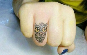 Small-Finger-Owl