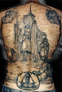 lord-of-the-rings-back-tatoo-508x750
