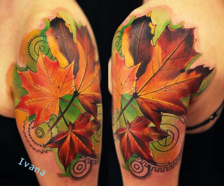 autumn-leaves-shoulder-tattoo-designs