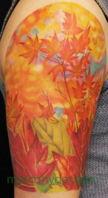 autumn-leaves-tattoo-on-shoulder