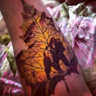 cool-maple-leaf-tattoo-on-arm